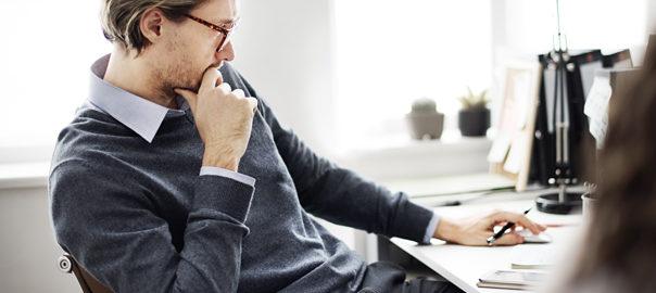 Devenir consultant indépendant ou rester salarié : 5 critères à étudier